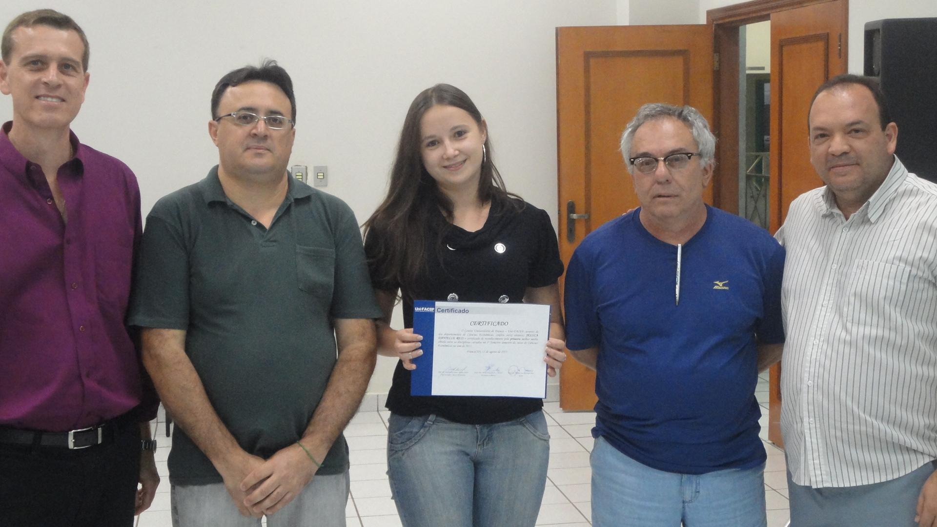 RELAÇÃO DOS MELHORES ALUNOS PRIMEIRO SEMESTRE DE 2011 CURSO DE CIÊNCIAS ECONÔMICAS