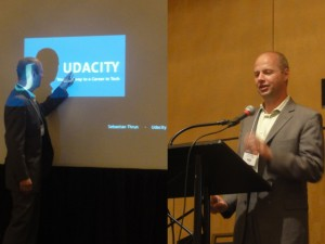 Sebastian Thrun e sua fala no AERA Meeting