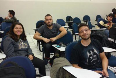 Alunos de SI realizam primeira reunião para o Hackathon