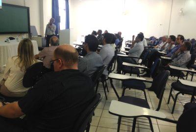 Uni-FACEF recebe entidades para formação de núcleo de estudos do setor calçadista