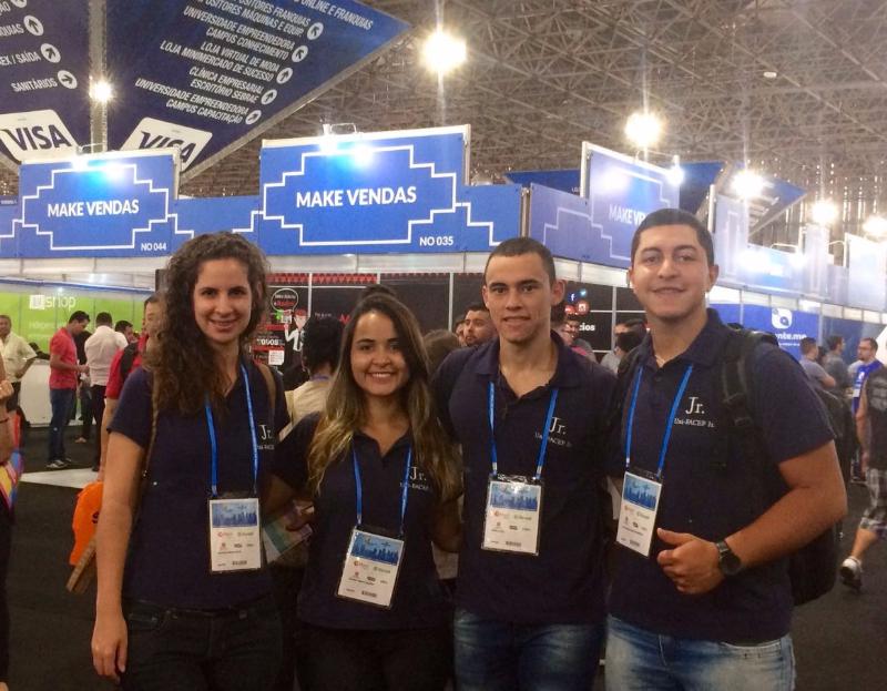 Diretores da Uni-FACEF Junior participaram da Feira do Empreendedor na cidade de São Paulo