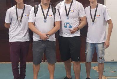 Uni-FACEF é ouro na Maratona de Programação