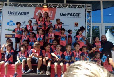 Uni-FACEF teve corrida pelo Outubro Rosa e pelo Iansa