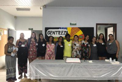 Estudantes e docentes da IESC Uni-FACEF finalizam atividades com gestantes do Jardim Luiza