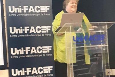 Uni-FACEF recebe pesquisadora finlandesa