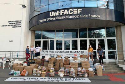 Drive-Thru Solidário Uni-FACEF arrecada alimentos, roupas e itens de higiene