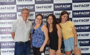 Três gerações de uma mesma família no Uni-FACEF